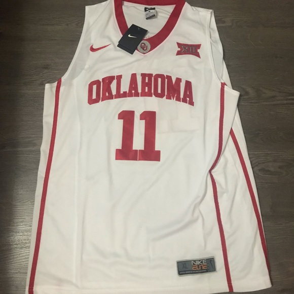 newest 1e038 fa971 NCAA basketball Trae young jersey Xl Oklahoma NWT
